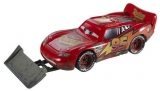 Mattel CARS2 AUTA W1938 LIGHTNING McQUEEN WITH SHOVEL DVY16